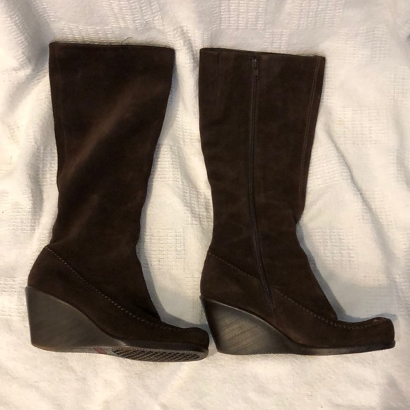 6bc703059a1 AEROSOLES Shoes - Aerosols brown suede wedge boot size 6.5
